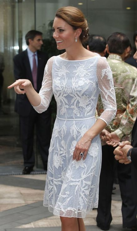 Kate-Middleton-white